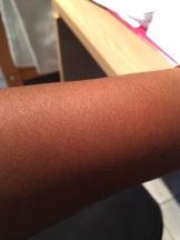 Goed uitsmeren over de huid
